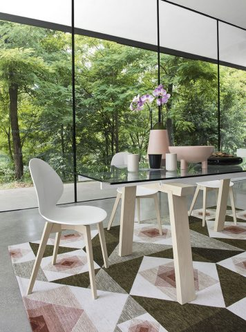 Levante extendable table by Calligaris