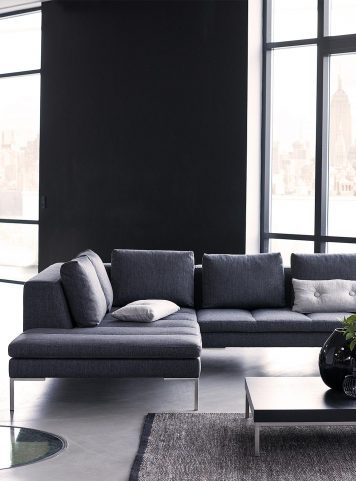 Mondovi sectional by Theca