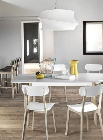 Cream extendable table by Calligaris