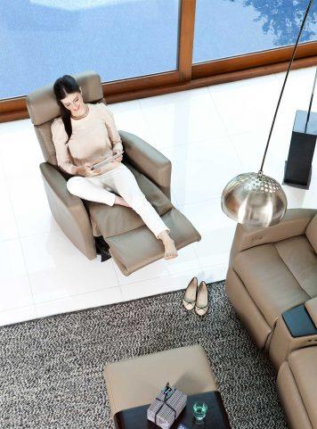 Divani recliner by Img comfort