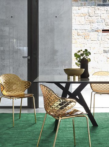 Jungle table by Calligaris