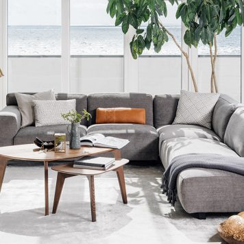 Vesta sofa by Furninova