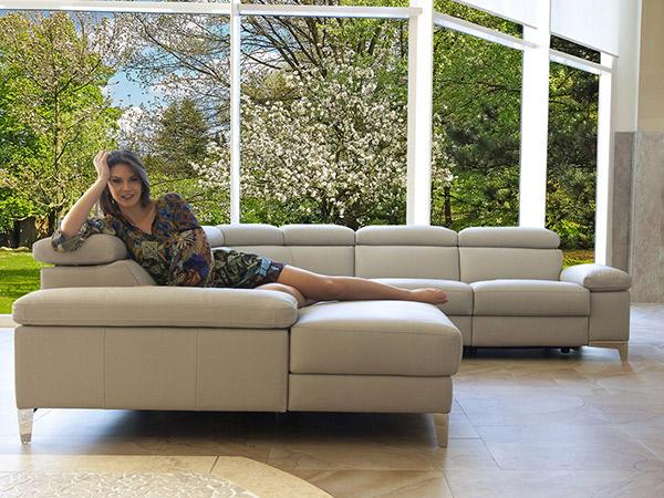 magasin de meuble laval latest magasin meuble reims magasin de meuble reims with magasin de. Black Bedroom Furniture Sets. Home Design Ideas