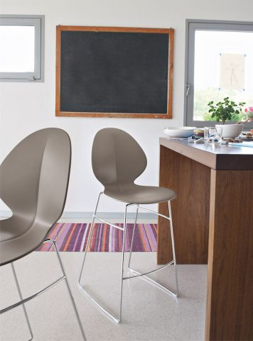 Basil stool by Calligaris