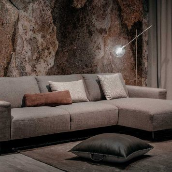 Strasbourg sofa by Furninova