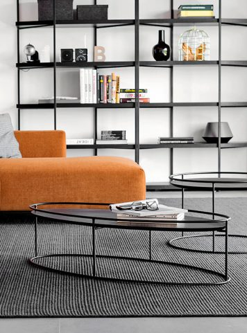 Atollo coffee table by Calligaris