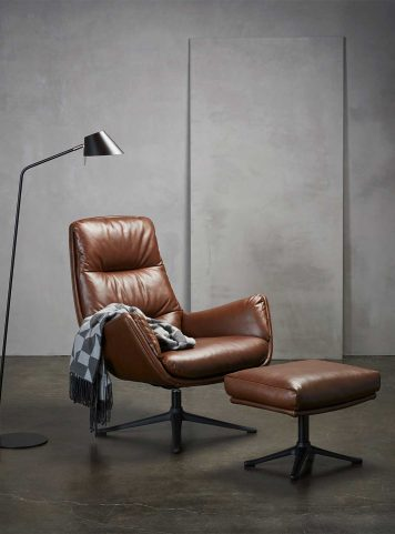 Moro armchair by Theca