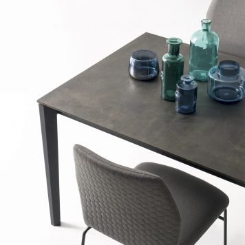 Table Pentagon par Connubia