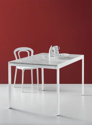 Aladino table by Connubia