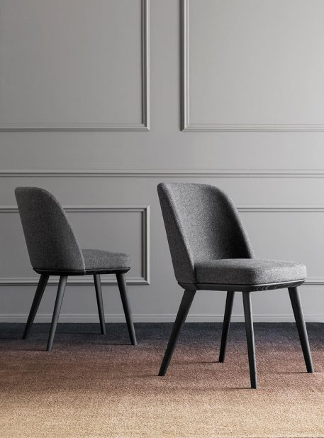 Foyer chair by Calligaris