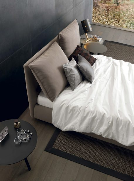 Cherie bed by Sangiacomo