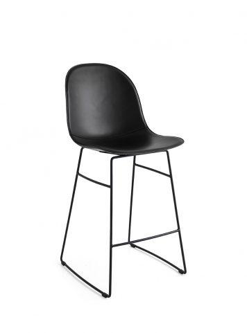 Acadeny stool by Connubia