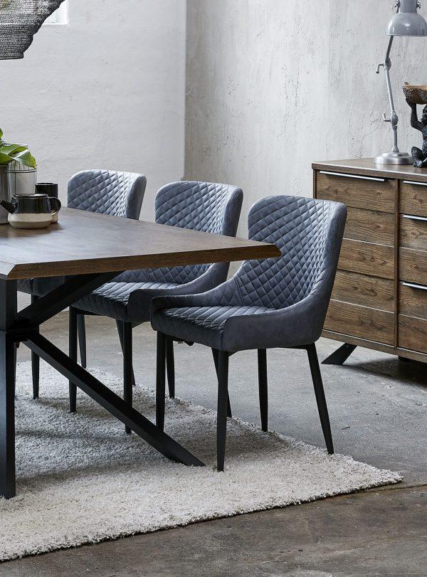 Chaise Ottowa par Unique Furniture - Mariette Clermont